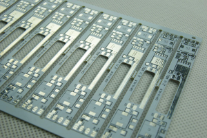 MCPCB fabrication type introduces